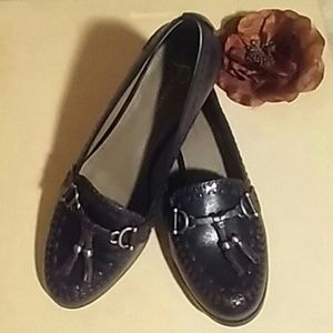 B Makowsky Leather Loafers